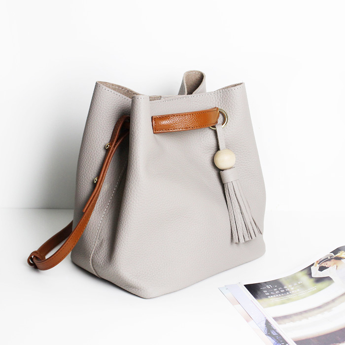 2017 Fashion Women Bucket Bags Leather Handbags Tassel Shoulder Las Designer Tote 2 Set Bolsa Feminina In From Luggage