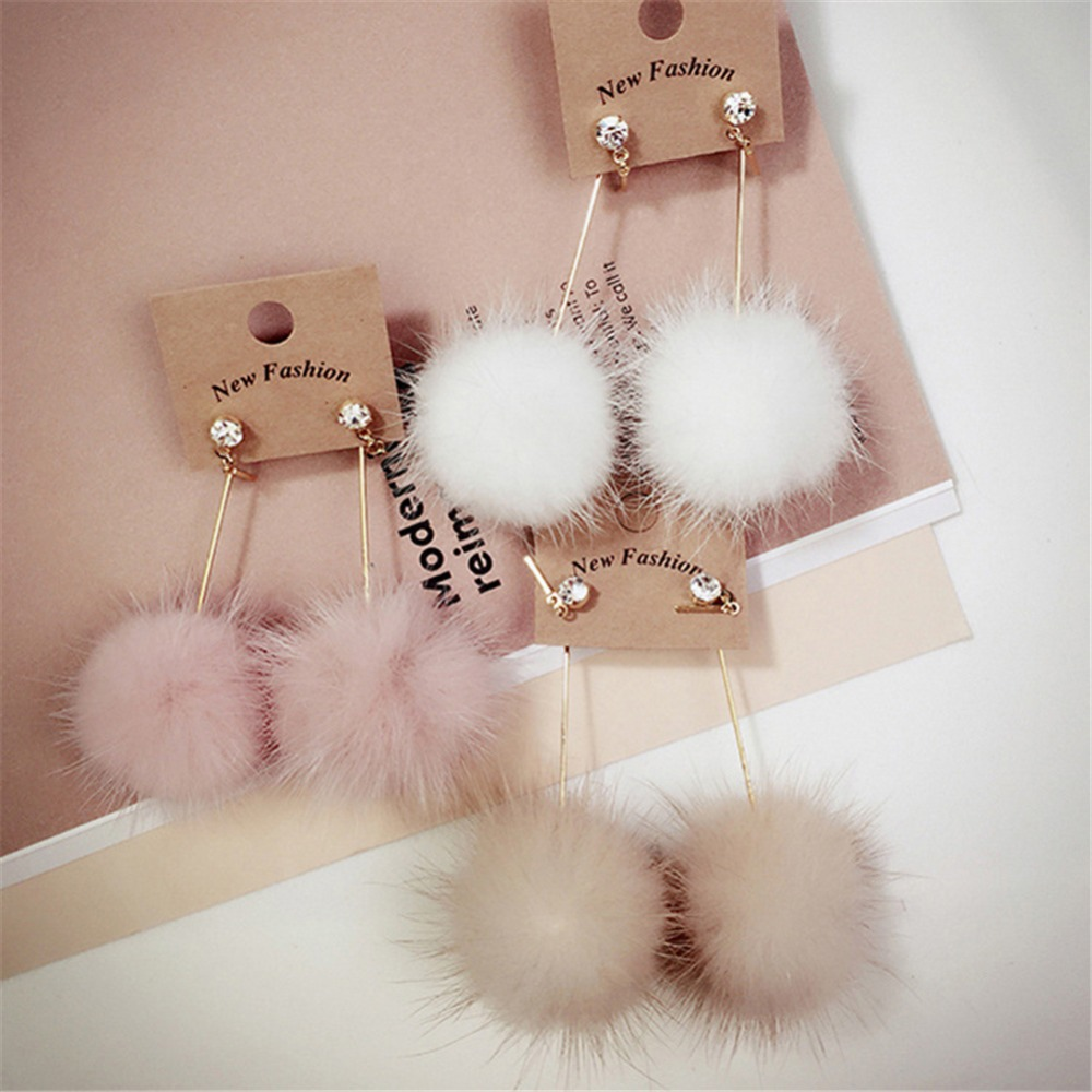 1 Pair Fashion Artificial Mink Hair Ball Dangle Earring For Women Cute White Pink Beige Pompom Earring Girl Party Festival Gifts