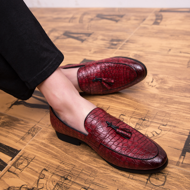 2019 new fashion men 39 s shoes casual pu leather loafers man big size slip on shoe man comfortable oxfords shoes fo rmen hot sale in Oxfords from Shoes