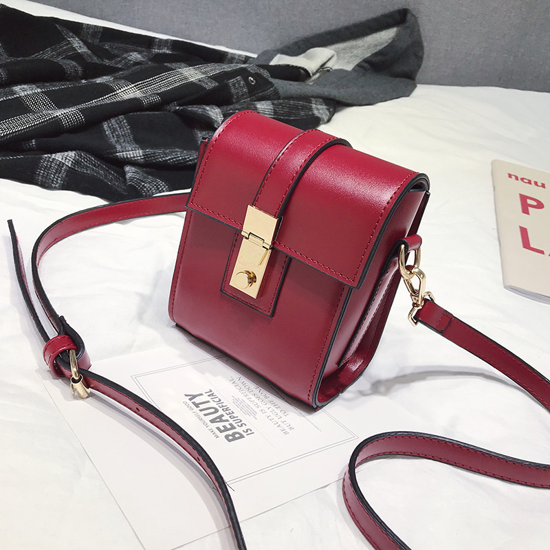 Shoulder Bags for women Luxury Handbags Adjustable Designer Version Luxury Girls Small Square Messenger Bag bolsa feminina A5 in Top Handle Bags from Luggage Bags