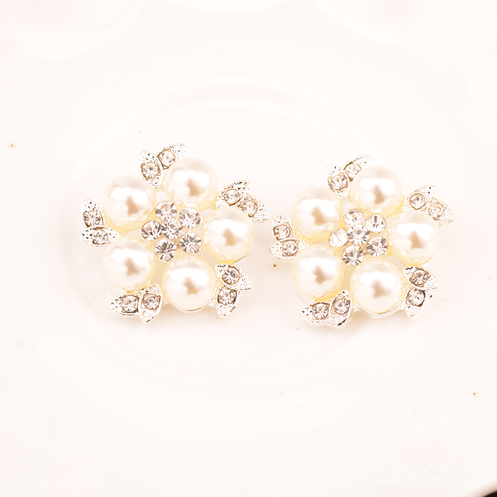 Rhinestone Pearl Button Crystal Button Used On Flower Center Shank Back 100pcs lot 25MM Silver Color