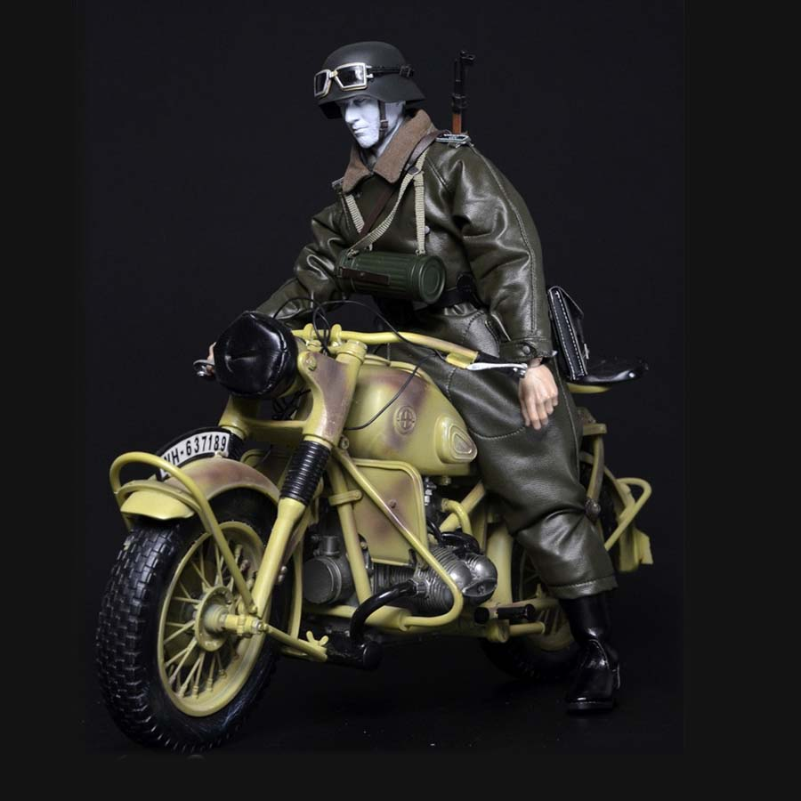 Mnotht 1/6 Solider WWII German Grossdeutschland Division Motorcycle Driver Set For 12in Male Body Model Action Figure Toys l30