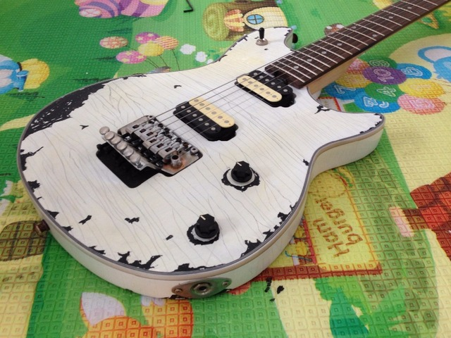 EVH wolfgang  Electric Guitar FBC-124 Relic 100%  Handmade White Color Real Photos 2
