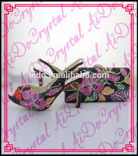 Aidocrystalผสมสีดอกไม้ออกแบบslinkbackเปิดนิ้วเท้าผู้หญิงพรรคส้นสูงรองเท้าแต่งงานและชุดกระเป๋า