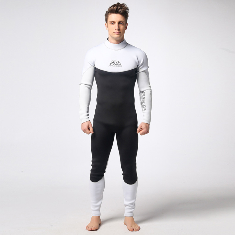 Здесь можно купить   Wetsuit 3MM Neoprene Scuba Diving Suit Surf Suit Snorkeling suit Black Green Triathlon Anti-UV clothing Fishing Wetsuits Спорт и развлечения