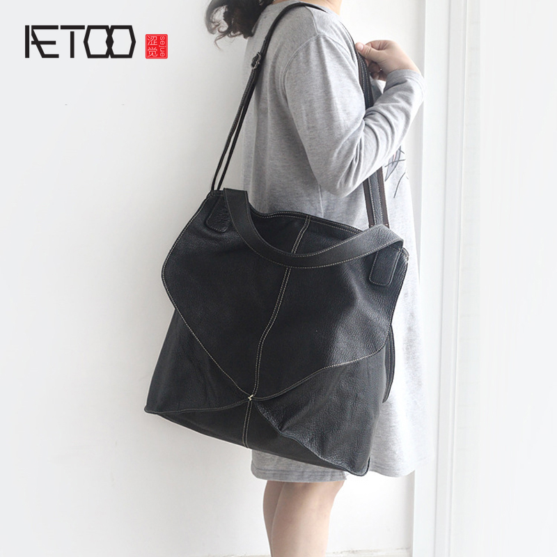 AETOO The new European and American personalized women 's bag fashion simple first layer of sheepskin shoulder bag splicing soft