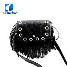 2016 new perforated decorative tassels women bag small women messenger bags free shipping