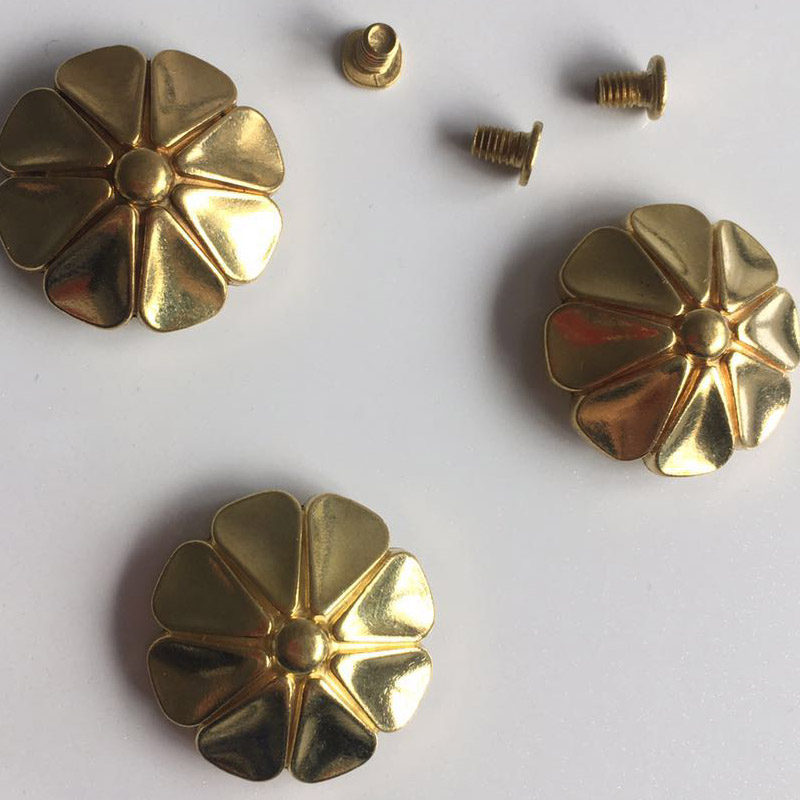 2018 New Wholesale DIY Copper Metal Accessories Gold Rivet With Screw Furniture Hardware GRT-11 50pcs 100% copper die casting 11 9mm round head rivet screw for bags hardware high quality rivets accessories