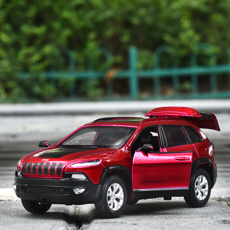 1:32 Alloy Jeep-grand Cherokee SUV Model Toy Cars Pull Back Sound Light Diecast Car Toys For Kids Children Birthday Gifts