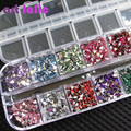 3000 Unids Triángulo Del Arte Del Clavo de los Rhinestones Deco Glitters Gemas Brillantes con caja de la Caja de Uñas Consejos