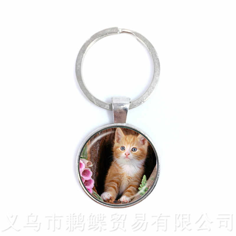 lovely Cat Keychain Round Glass Cabochon Animal Handmade Pendant Creative Halloween Gift Personalized Customize Your Beloved Pet