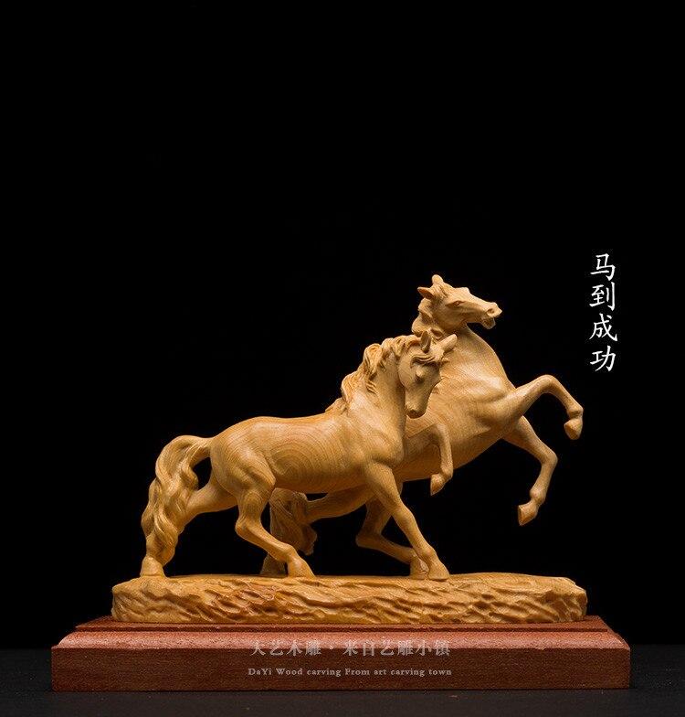 Buis cheval sculpture sur bois cadeaux en bois massif maison bureau exquis décoratif sculpture artisanat ornements cheval gagner succès.