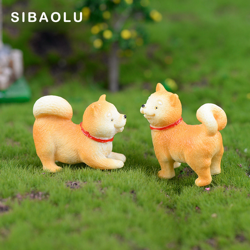 Artificial Puppy Akita Dog Resin Animal Model Figurine Dollhouse Cake Home Decor Miniature Fairy Garden Decoration Accessories