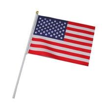 EUA 10 pcs o Pequeno 14X21 CM Estados Unidos bandeira América mão vôo da bandeira mão bandeira nacional DOS EUA com o Pólo de bandeira Entregando