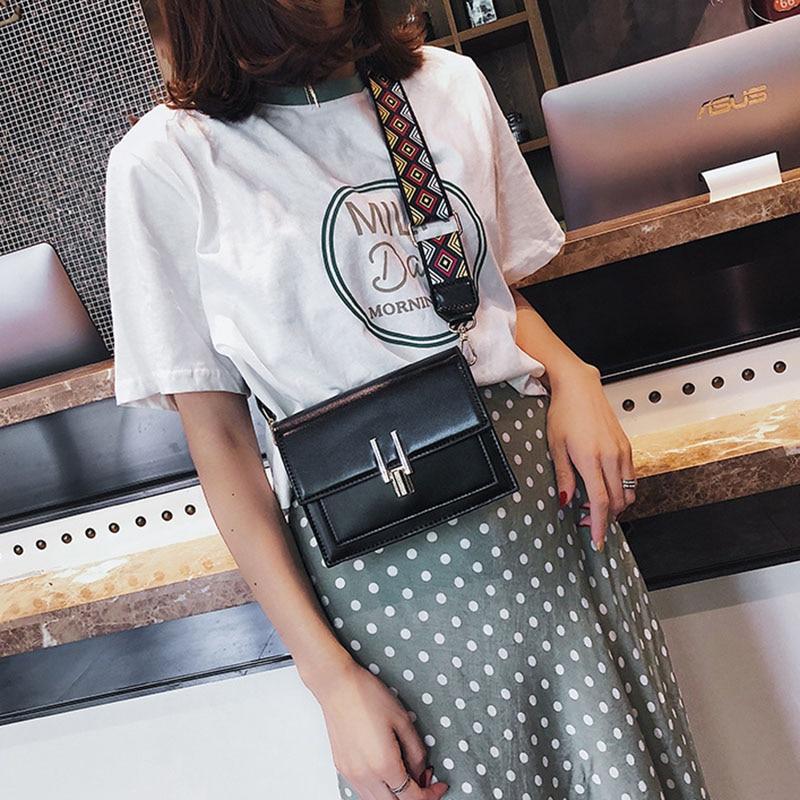 New Women Fashion Width Shoulder Bags INS Popular Female Exquisite Solid Handbag Mini Flap Lady Travel Chains Crossbody SS3474 (19)