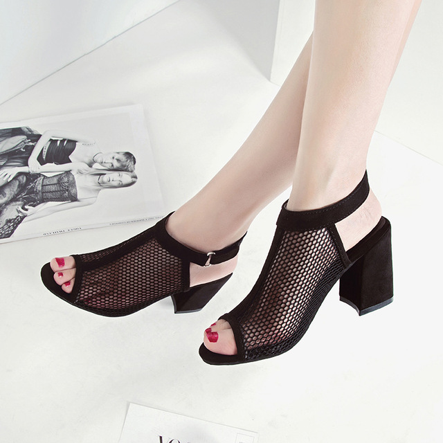 New Fashion Summer Woman Mesh Wild Breathable Hollow Solid Color Fish Mouth Casual Sandals