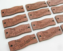 WBNVNO 100pcs brown color wood label buttons handmade engraved sewing button for garment
