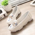 women fashion metal decoration flat shoes casual lady white party flats zapatos planos cool diamond pink shoes