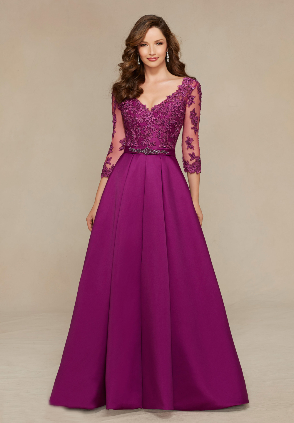 V-Neck Three Quarter Elegant A-Line Purple Long Mother of the Bride Dress 1
