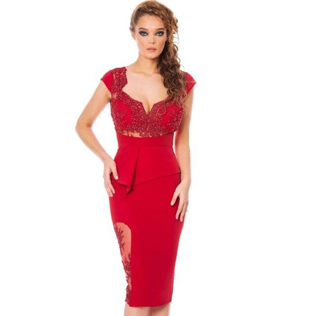 875c20382 2015 Rojos Atractivos Vestidos de Coctel Cortos Con Encaje Apliques y  Rebordear Vestidos De Festa Robe