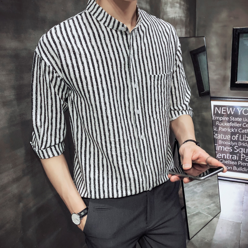 2018 biack streaking and blue cusaul wild Summer New Product Man Joker Stripe In Sleeve Shirt Favourite Fashion Free shipping