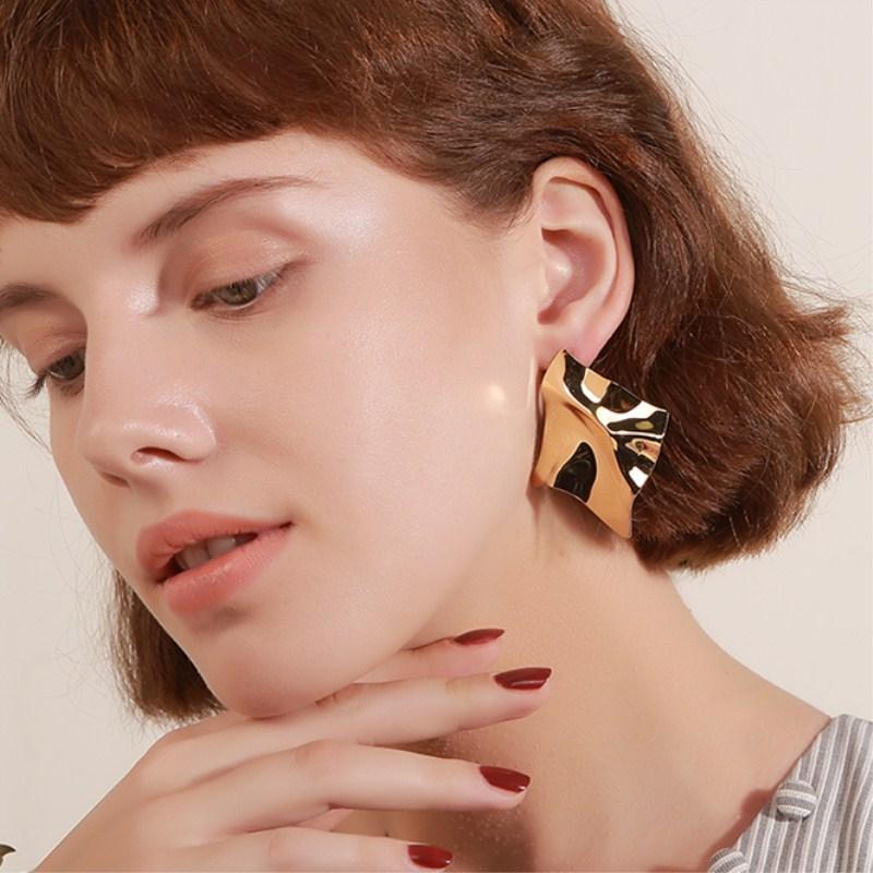 EK2126 Exaggerated Brand Gold Color Irregular Square Shiny Metal Big Drop Earrings Women Rhombus Punk Earrings Party Jewelry 7