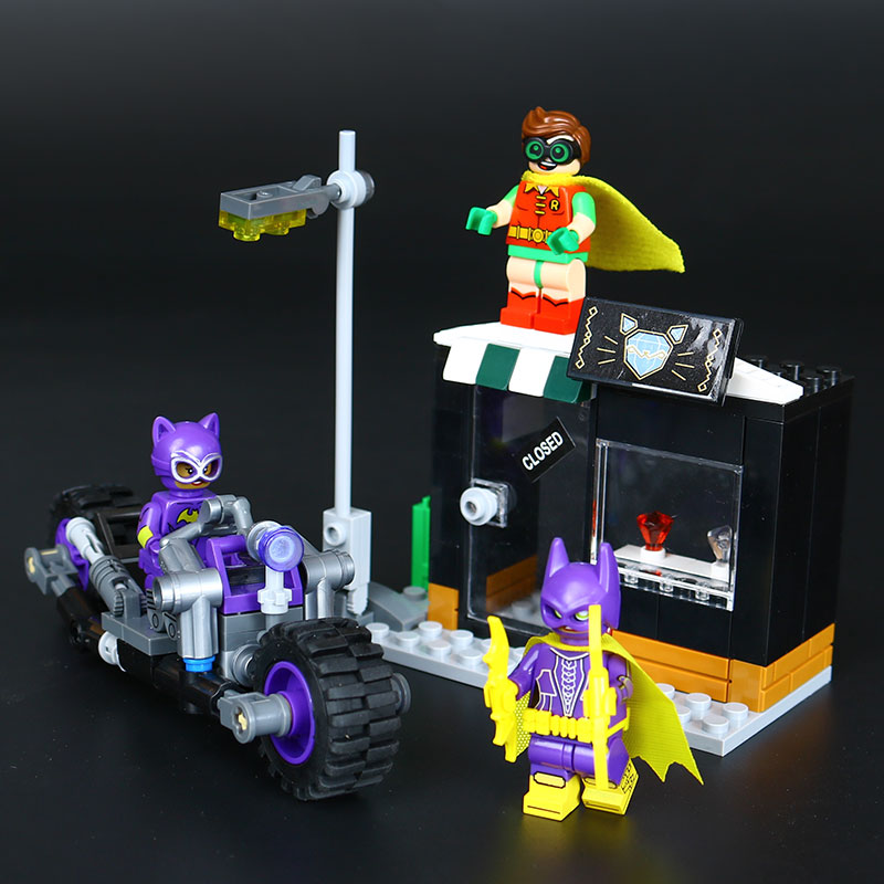 Lepin 07058 Genuine Batman Movie Series The Catwoman Motorcycle Chase Set Building Blocks Bricks Educational Toys LegoING 70902 a toy a dream new decool 7124 genuine series marvel batman movie arkham asylum building blocks bricks toys with