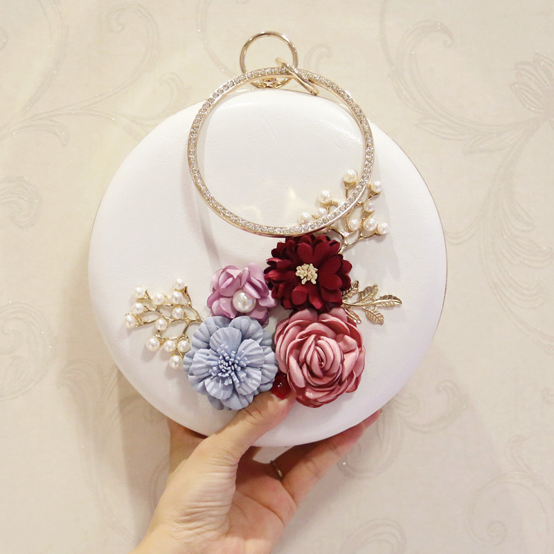 2018 Women's Mini roll bag with flowers and pearls, shoulder bag,chain bag free shipping imitation pearls chain flatback resin material half pearls chain many styles to choose one roll per lot