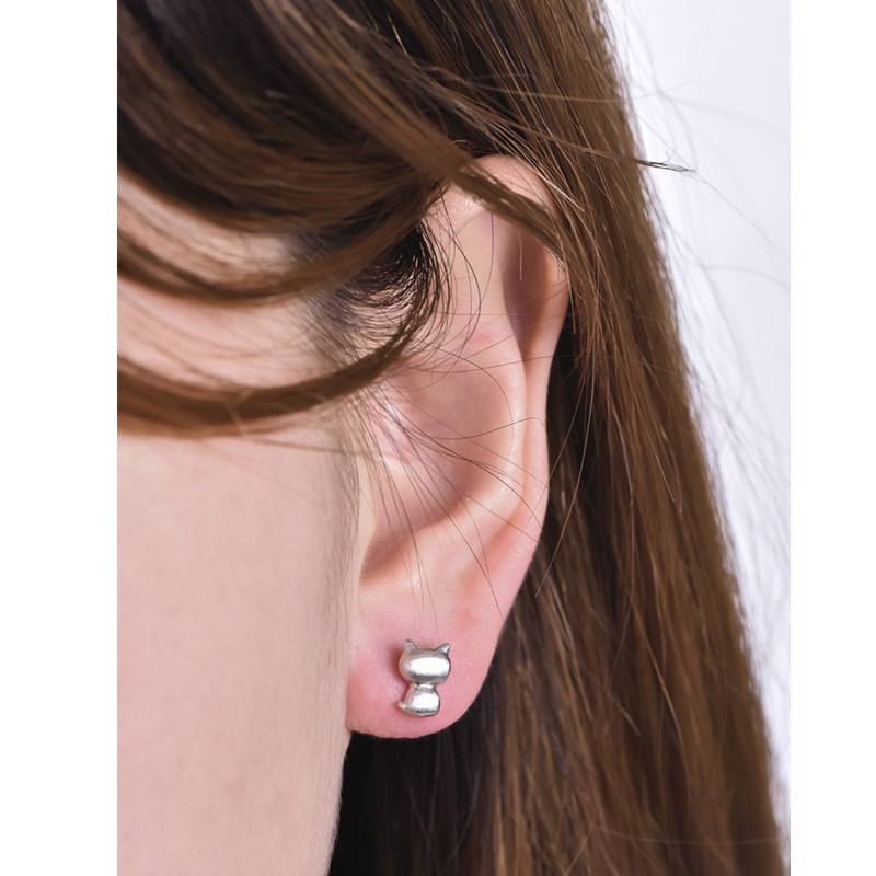 E0107 New Fashion Gold-color Cat Stud Earrings for Women Concise Lovely Design Animal Silver Plated Jewelry Hot Sale Gifts