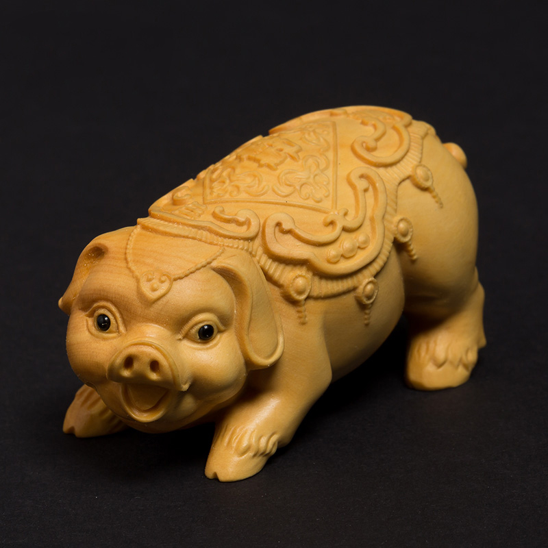 Traditional Crafts Creative solid wood living room engraving crafts Zodiac animal ornaments Fu pig lucky hand carving