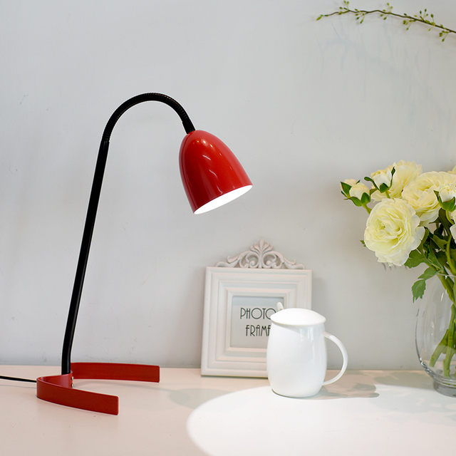 Nordic Design LED Table Lamp Super Bright Desk Lamp 3.5W Wire Control  Natural Light Red