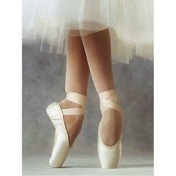 2019 nuevo 5D Diy diamante pintura kit de punto de cruz zapatos de ballet diamantes de imitación mosaico pasta completo bordado imagen