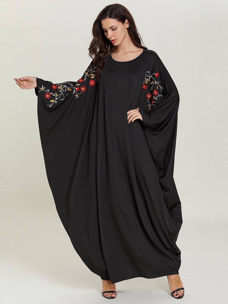 2019 Women Musim Abaya Dress O Neck Long Batwing Sleeve Big Size Embroidery Muslim Hijab Dress Women Islamic Jilbab Caftan