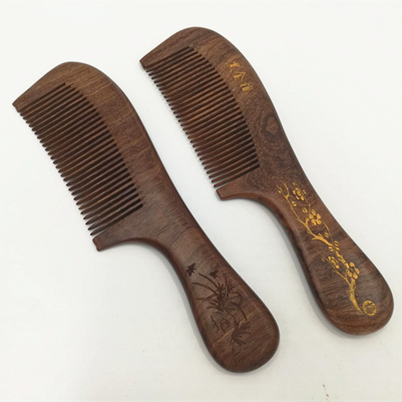 L41 painted black gold sandalwood comb laser carved comb long handle sandalwood anti-static massage comb green sandalwood combed wooden head neck mammary gland meridian lymphatic massage comb wide teeth comb