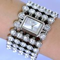 2017 Women's Watches Brand Luxury Fashion Ladies Watch women Wristwatches Gold Quartz Clock relogio feminino