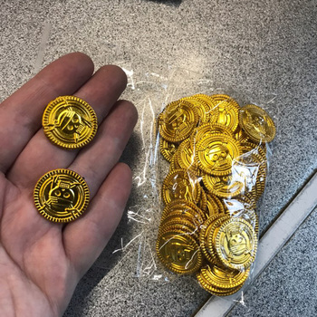 50pcs plastic Pirate gold coin Halloween kids birthday party decoration fake gold treasure party supplies gift kids favor pirate gold coins plastic set of 100 play gold treasure coins for play favor party supplies pirate party treasure hunt