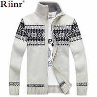 Riinr 2019 New Arrivals Casual Sweater Men Striped Christmas Sweater Windbreaker Warm Fashion Cardigan Men Sweaters