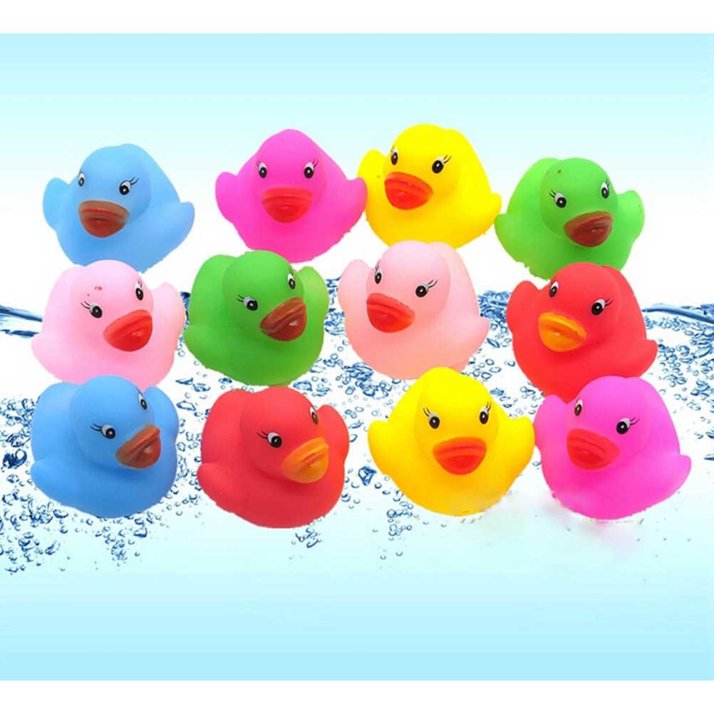 12 шт. Kawaii Мини Красочный резиновый плавающий визгливый звук утка детская игрушка для ванны ванной воды бассейна забавные игрушки для девочек мальчиков подарки