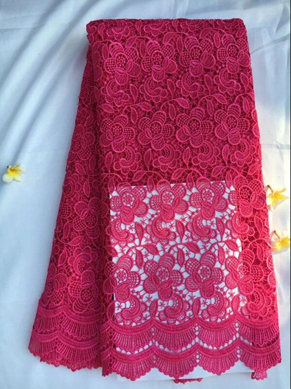Nádherná fuchsiová africká strana šněrovací krajka s květinovou výšivkou ve vodě rozpustné krajkové tkaniny pro oblékání QW15-5