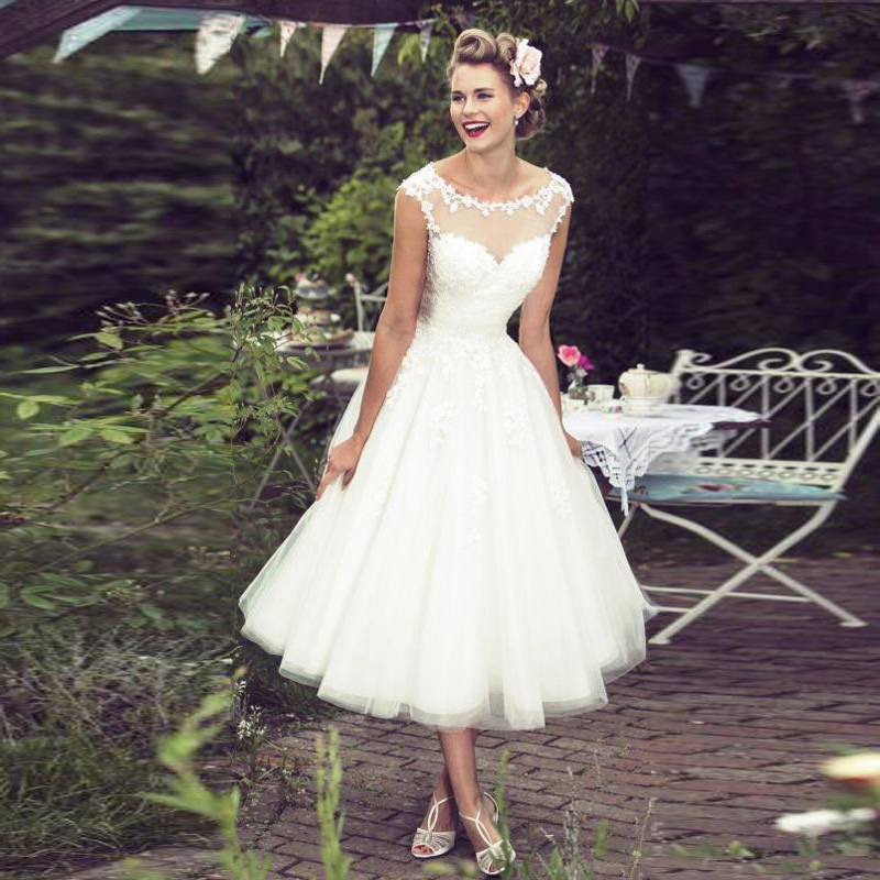 2017 New Arrival Vintage Lace Tea Length Wedding Dresses