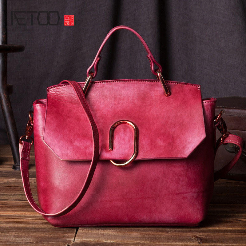 AETOO New leather handbags retro bag shoulder bag leather handbag Messenger bag tannage shell package summer bag 2018 new round package personality retro handbag imported leather messenger bag female shoulder bag leather handbags