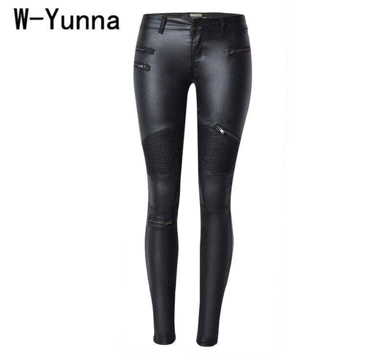 W-yunna nueva moda imitación Denim Leggings delgado para las mujeres negro motocicleta Streetwear pantalones pliegues cremalleras PU pantalones de cuero