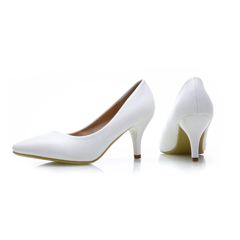 3ae81f387a YALNN Sapatos Novos das mulheres Da Forma de couro Das Mulheres do Salto  Alto 7 cm sapatos de salto Preto & Branco para Senhora Do Escritório em  Bombas das ...