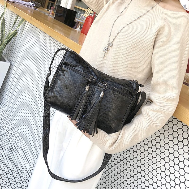 2018 winter and spring new tassel Small Handbags Hot sale PU Leather women leather messenger bags Shoulder small Crossbody bag 2016 new arriveal hot sale women shoulder bag v type pu leather women fashion handbag chains crossbody lock messenger bag