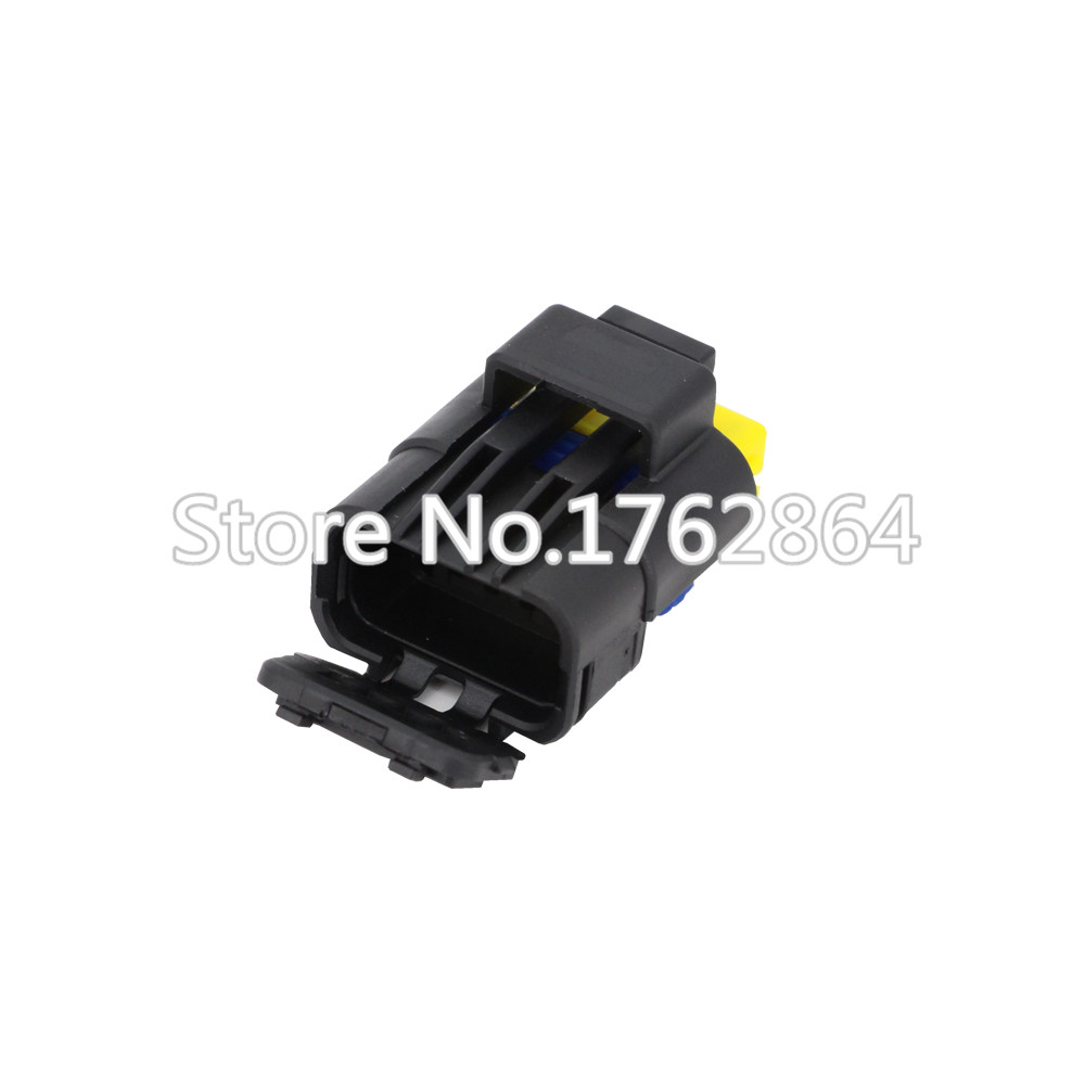4 Pin DJ7047A 1 5 21 Female Male FO Turn Light Plug FO Lamp Socket FCI Car Sensor Connector For Auto Truck in Connectors from Lights Lighting