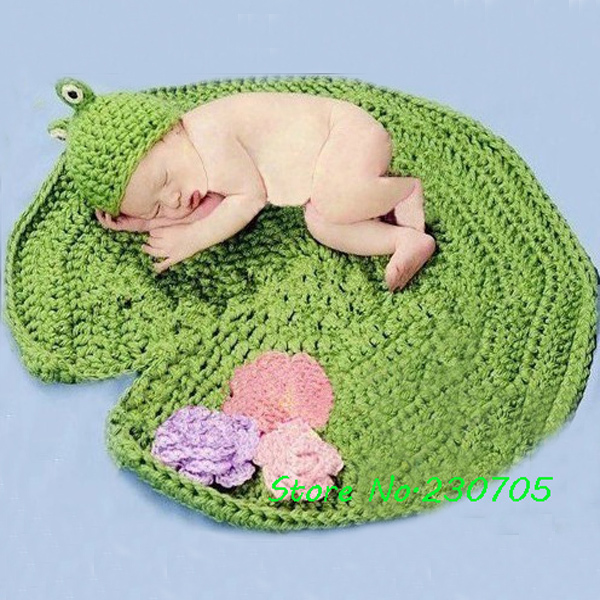 Cute Baby Infant Knit Crocheted Frog Hat Lotus Leaf Mat Costume