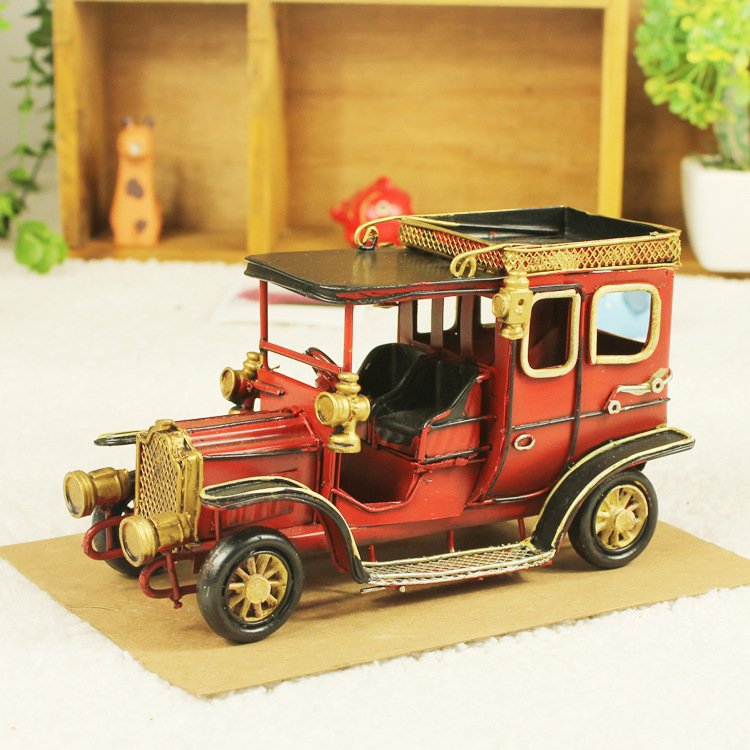 Vintage home decoration iron metal craft Aristocrats classic car model Hand Made Birthday gift colors random free shipping