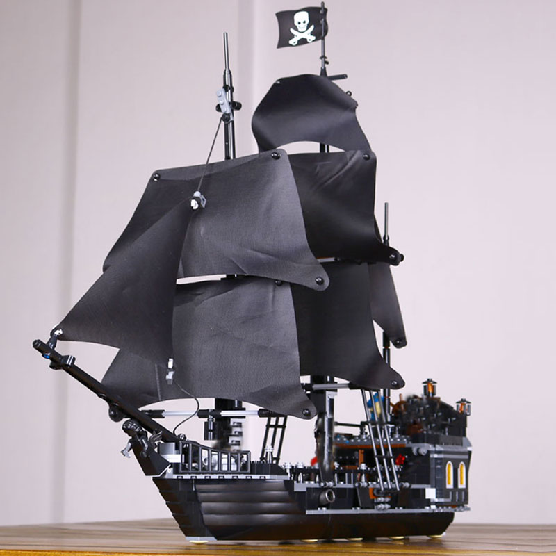 WAZ Compatible Legoe pirates of the caribbean 4184 Lepin 16006 804pcs The Black Pearl building blocks bricks toys for children 16006 804pcs pirates of the caribbean the black pearl ship model building kits blocks bricks toys gift 4184