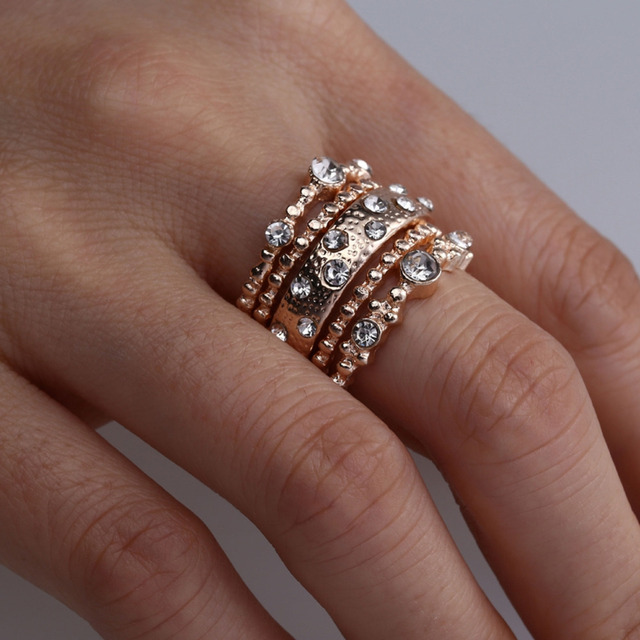 Fashion 5 Pcs Set Crystal Rose Gold Stackable Ring 5 Sparkly Rings