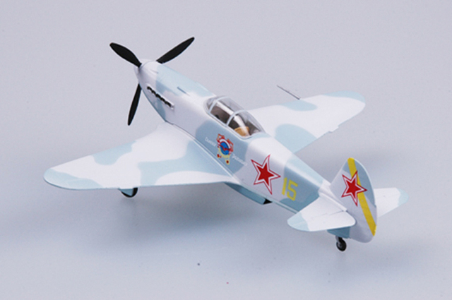 نموذج سهل الطراز بمقياس 37228 1/72 مقياس نموذج طائرة من الياك 3 المجمعة لا تحتاج إلى تجميع طائرة طائرة